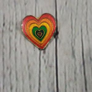 VINTAGE RAINBOW PRIDE HEART BROOCH PIN